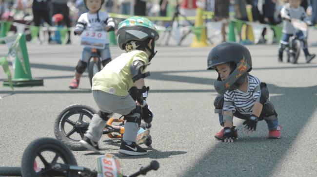 ストライダーカップ2018大阪で子供が助ける